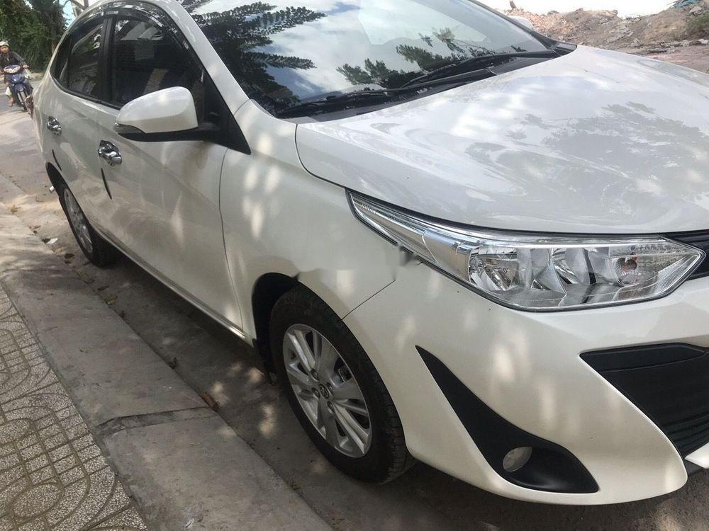 Cần bán xe Toyota Vios đời 2019, màu trắng (2)