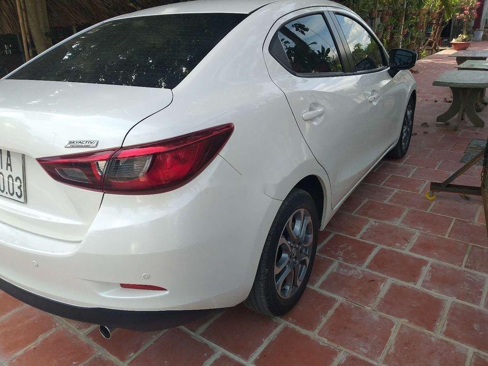 Cần bán lại xe Mazda 2 đời 2018, màu trắng, xe nhập chính hãng (3)