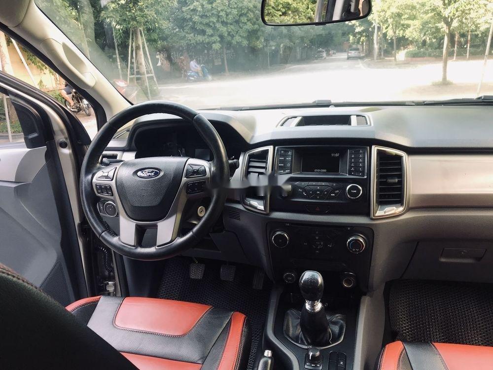 Cần bán Ford Ranger 2016, màu xám, nhập khẩu nguyên chiếc, số sàn (7)