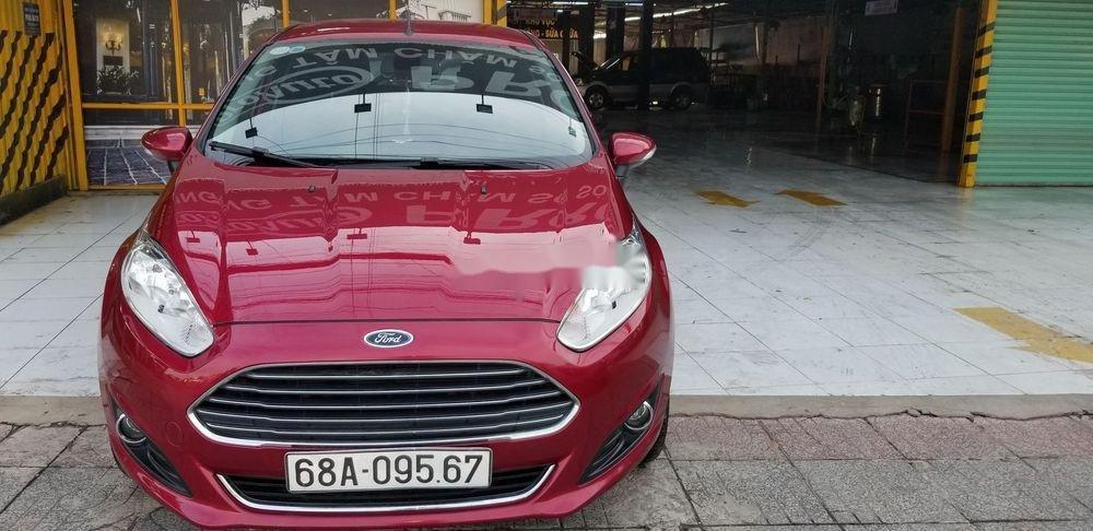 Cần bán gấp Ford Fiesta 2018, màu đỏ xe gia đình, xe nguyên bản (2)