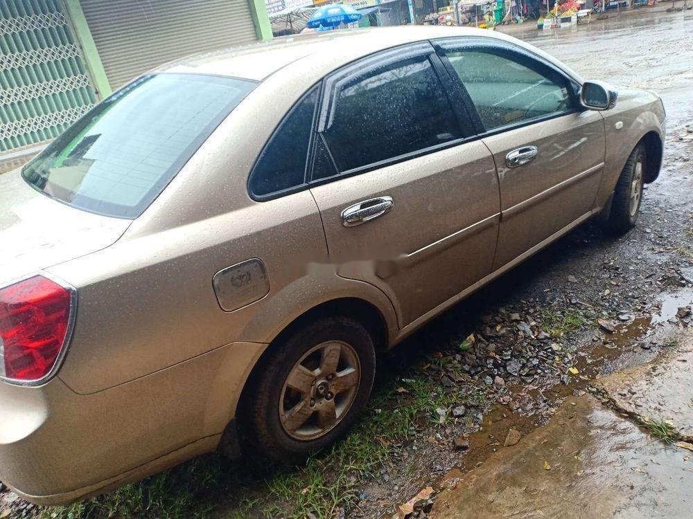 Cần bán gấp Chevrolet Lacetti năm 2009, màu vàng, giá 195tr (10)