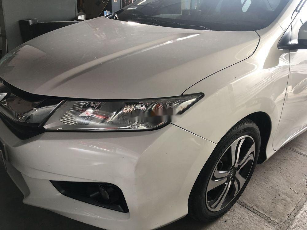 Cần bán lại xe Honda City 2017, màu trắng, giá tốt (1)