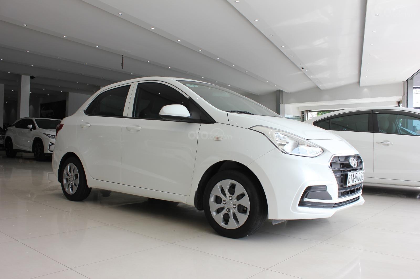 Cần bán xe Hyundai Grand i10 1.2 MT, năm 2018, màu trắng, giá 335tr (3)