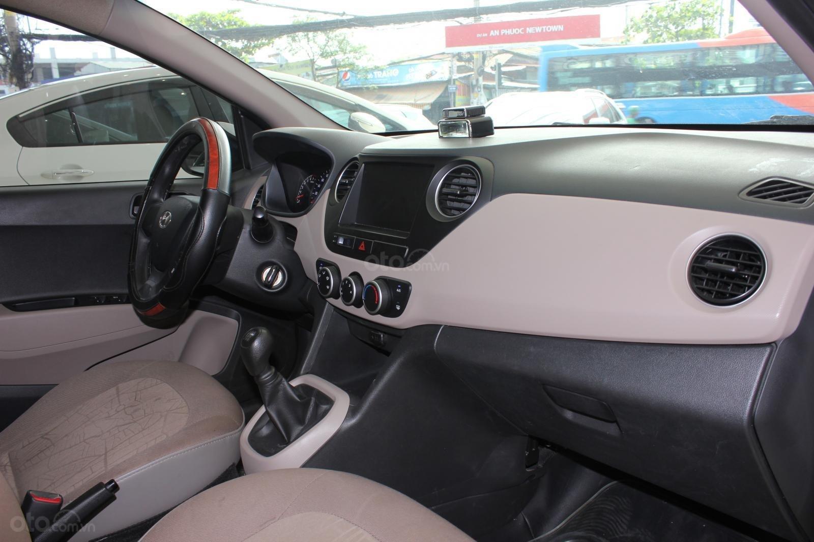 Cần bán xe Hyundai Grand i10 1.2 MT, năm 2018, màu trắng, giá 335tr (15)