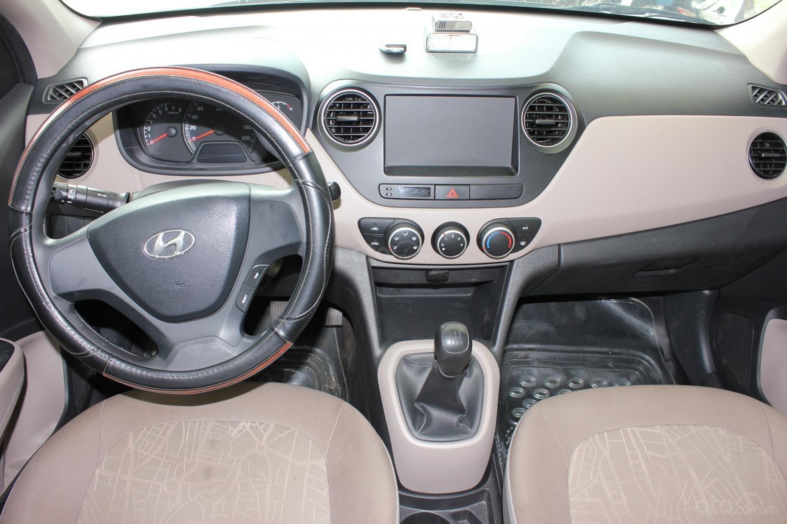 Cần bán xe Hyundai Grand i10 1.2 MT, năm 2018, màu trắng, giá 335tr (18)