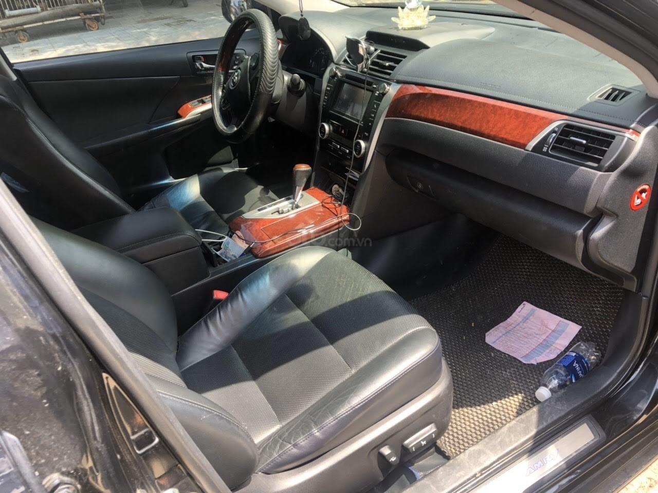 Cần bán Toyota Camry 2.5Q năm sản xuất 2013, màu đen (3)
