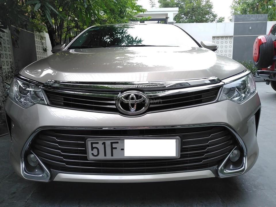 Cần tiếp gấp bán xe Camry 12/2015 2.5Q. Xe biển số Sài Gòn (1)