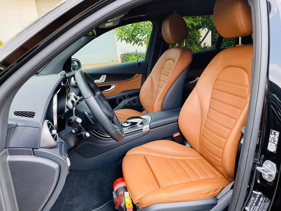Bán xe Mercedes GLC300 2018 bản mới nhất có Apple Carplay, trả trước 750 triệu nhận xe ngay (19)