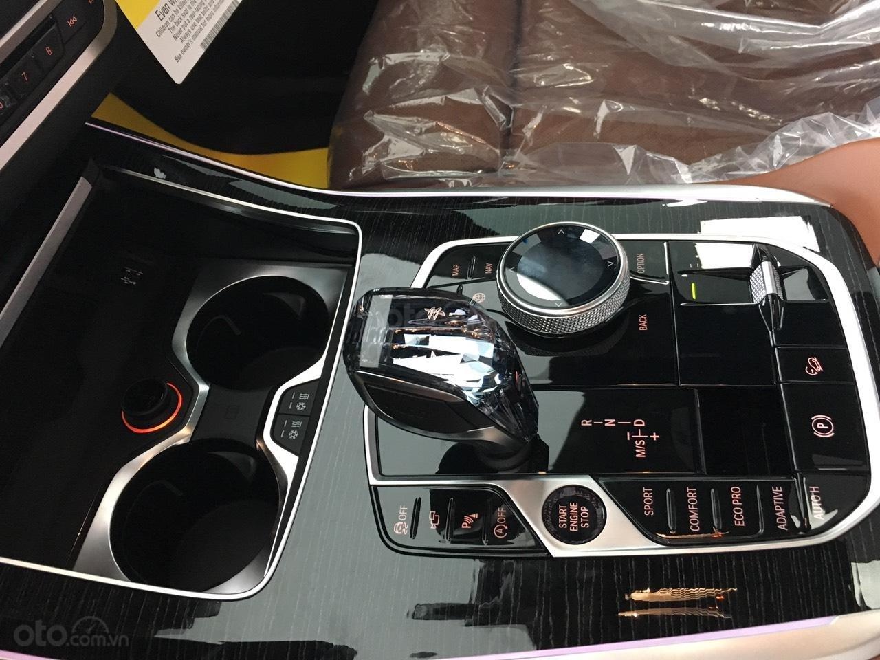 Bán xe BMW X7 xDrive 40i đời 2020, giá tốt, giao ngay toàn quốc - LH 093.996.2368 Ms. Ngọc Vy (11)