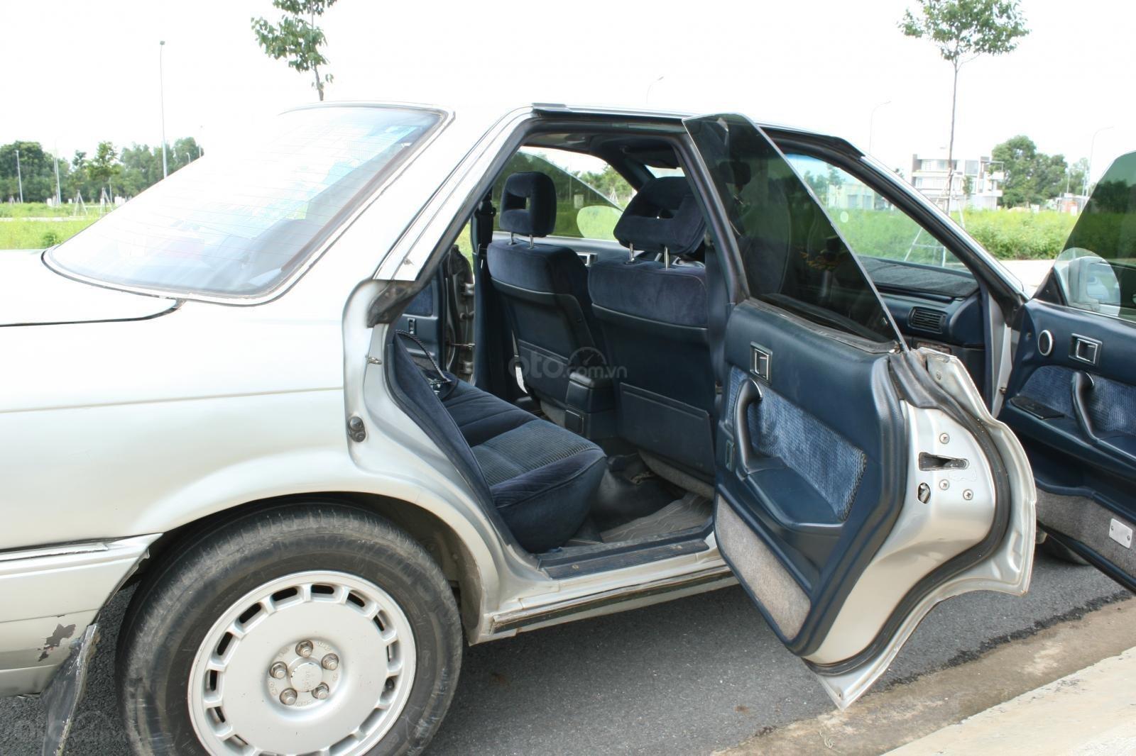Bán ô tô Toyota Camry đời 1987, màu bạc, nhập khẩu nguyên chiếc chính chủ, giá 90tr (7)