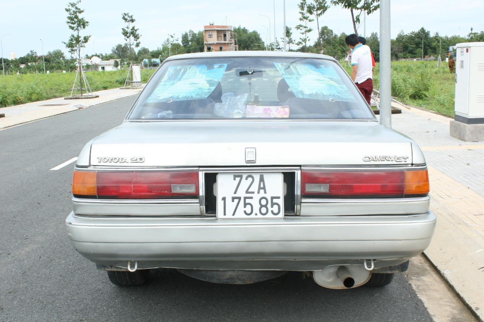 Bán ô tô Toyota Camry đời 1987, màu bạc, nhập khẩu nguyên chiếc chính chủ, giá 90tr (8)