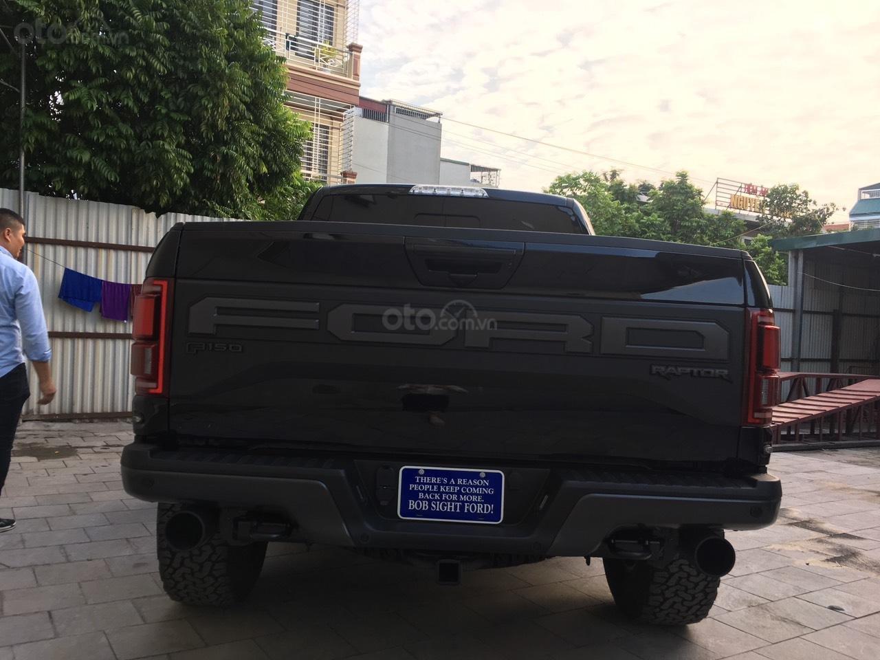 Bán siêu bán tải Ford F150 Raptor 2020, giá tốt giao ngay toàn quốc. LH Ms. Ngọc Vy 093.996.2368 (9)