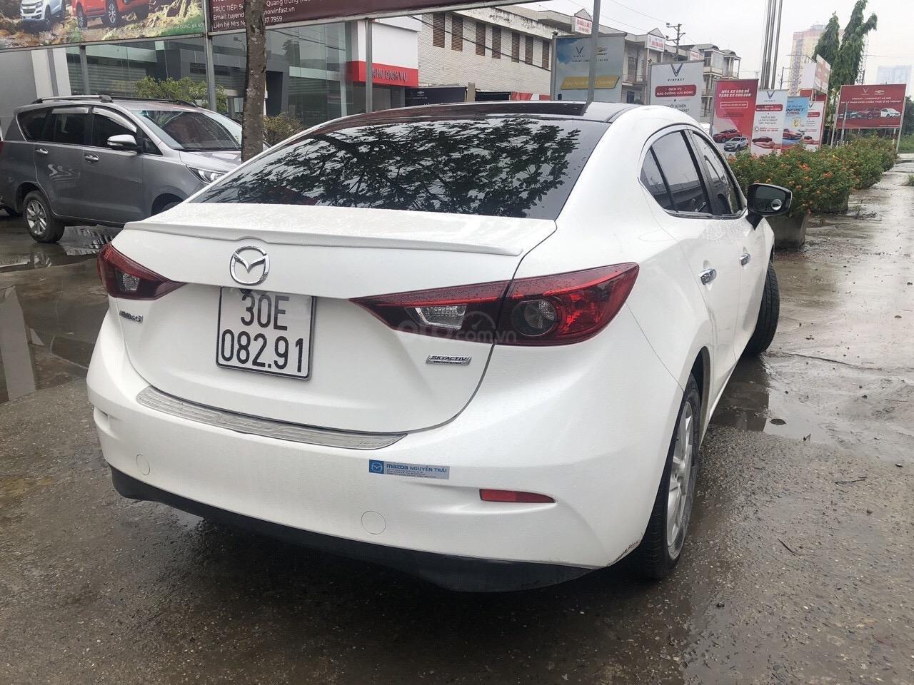 Bán Mazda 3 1.5AT đời 2016, màu trắng (3)