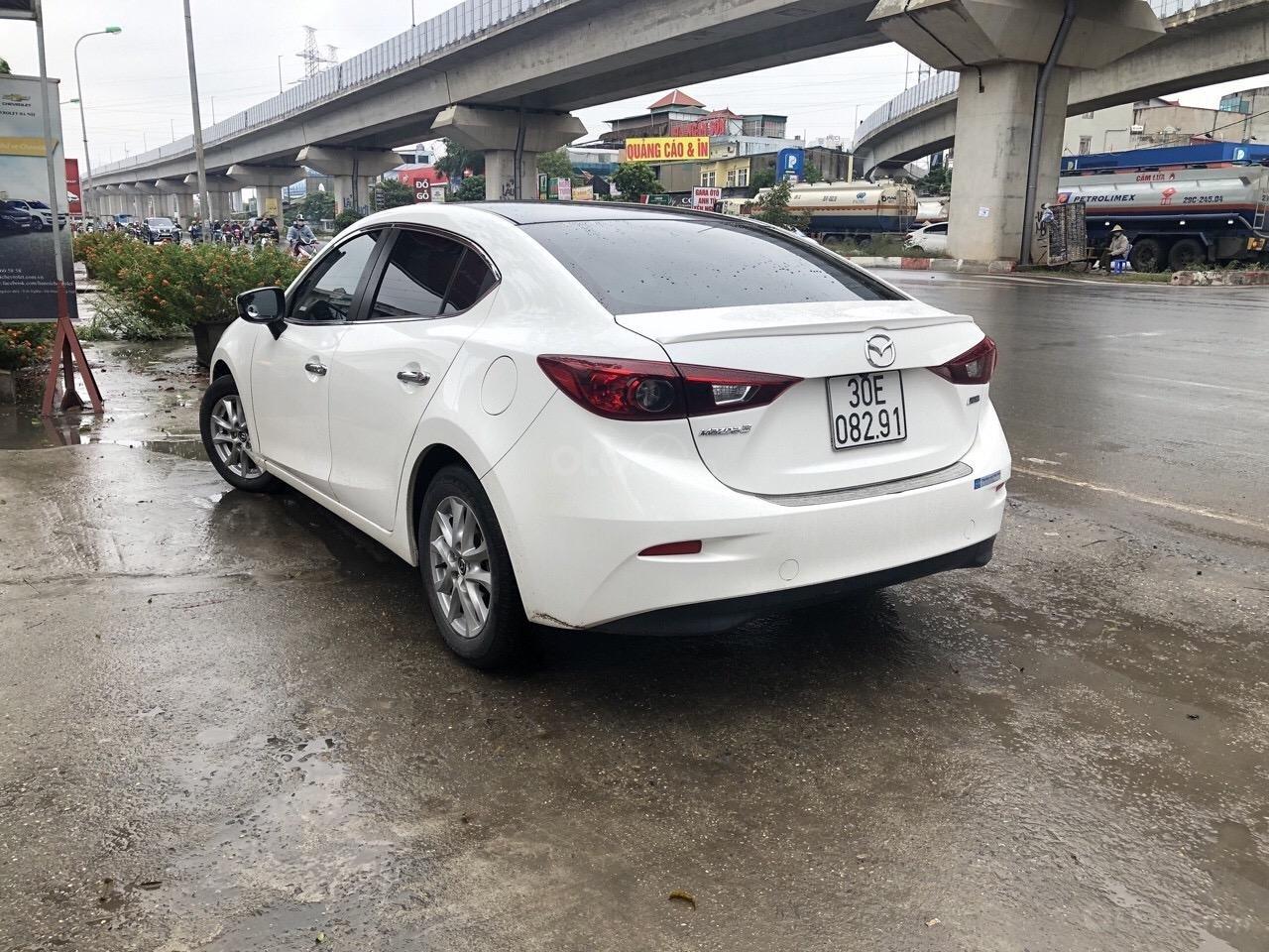 Bán Mazda 3 1.5AT đời 2016, màu trắng (4)