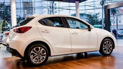 [Mazda Lê Văn Lương] Mazda 2 Hatchback - nhập khẩu - giá tốt + hỗ trợ A-Z, liên hệ: 0932.085.995 (5)