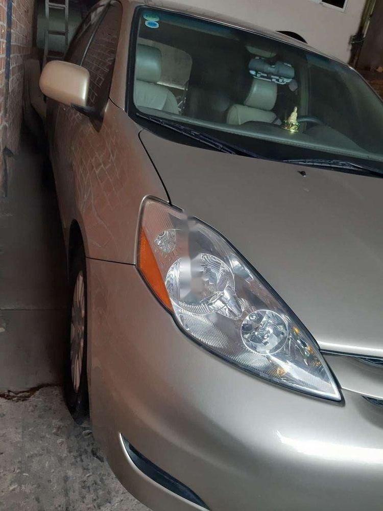 Bán lại xe Toyota Sienna LE đời 2009, nhập khẩu nguyên chiếc (3)