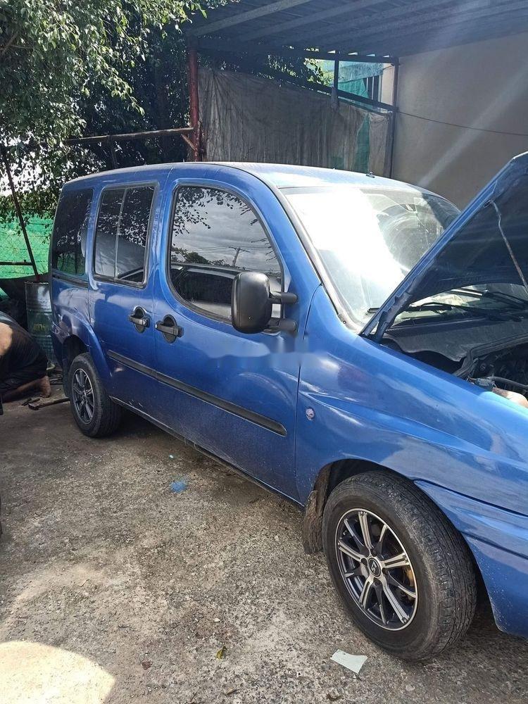 Cần bán gấp Fiat Doblo 2004, màu xanh lam, nhập khẩu nguyên chiếc số sàn (2)