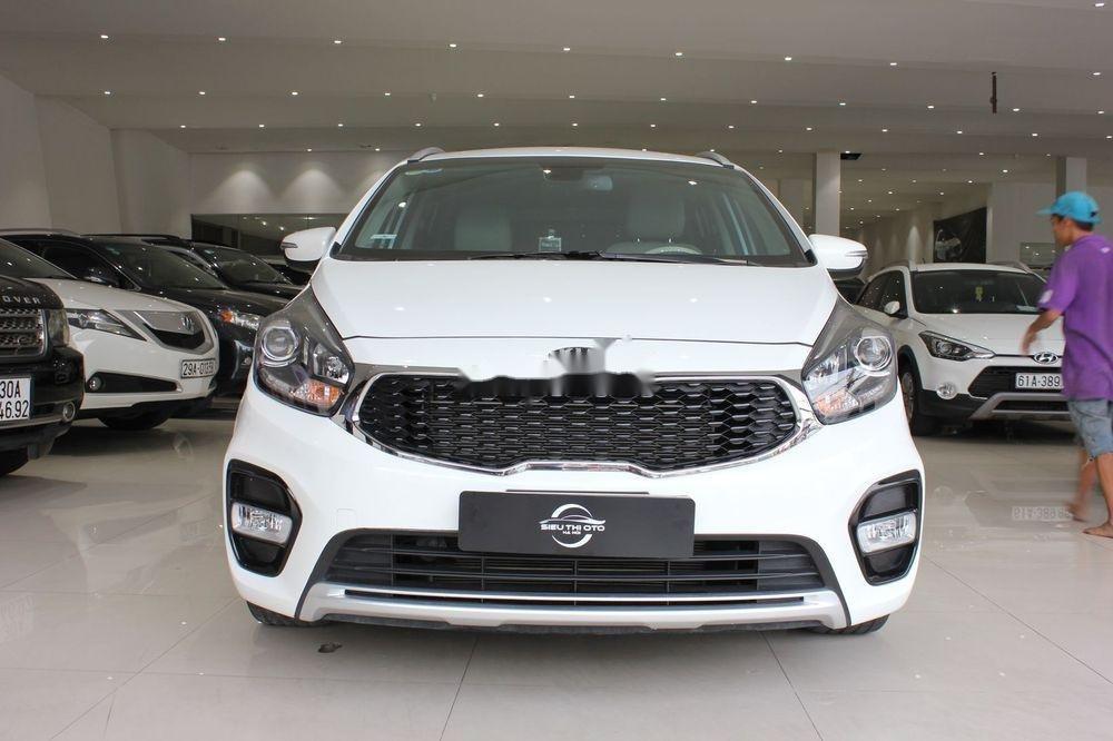 Cần bán Kia Rondo 2.0GAT sản xuất năm 2018, màu trắng (2)