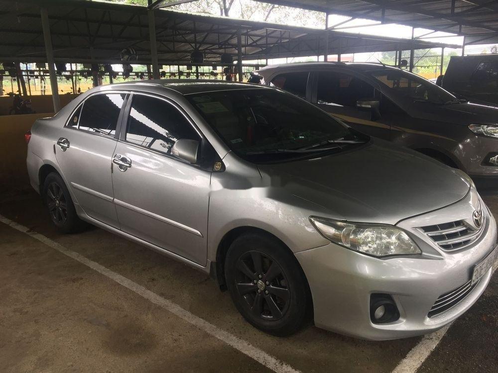 Cần bán gấp Toyota Corolla Altis năm sản xuất 2011, giá chỉ 430 triệu (7)