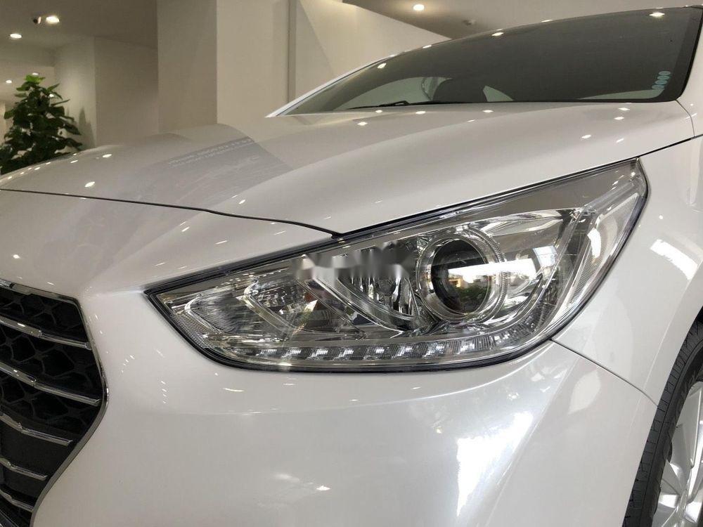 Cần bán xe Hyundai Accent sản xuất 2019, ưu đãi hấp dẫn (7)