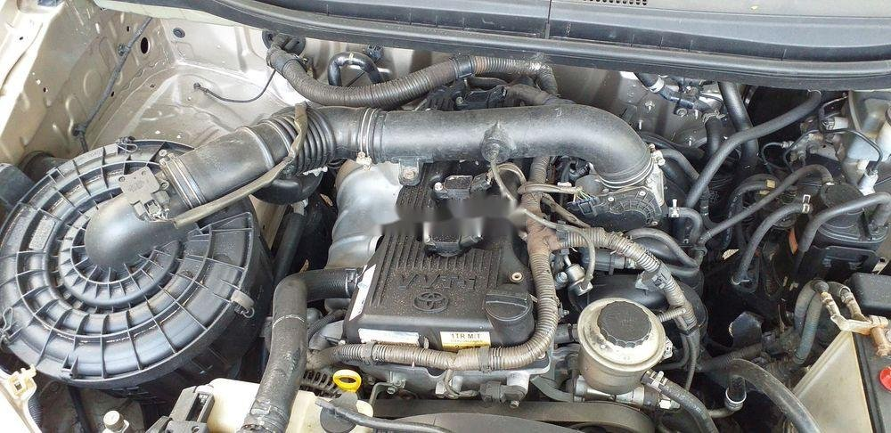 Bán xe Toyota Innova E sản xuất 2013 (3)