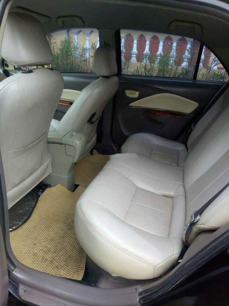 Bán Toyota Vios năm 2010, màu đen, giá tốt (4)
