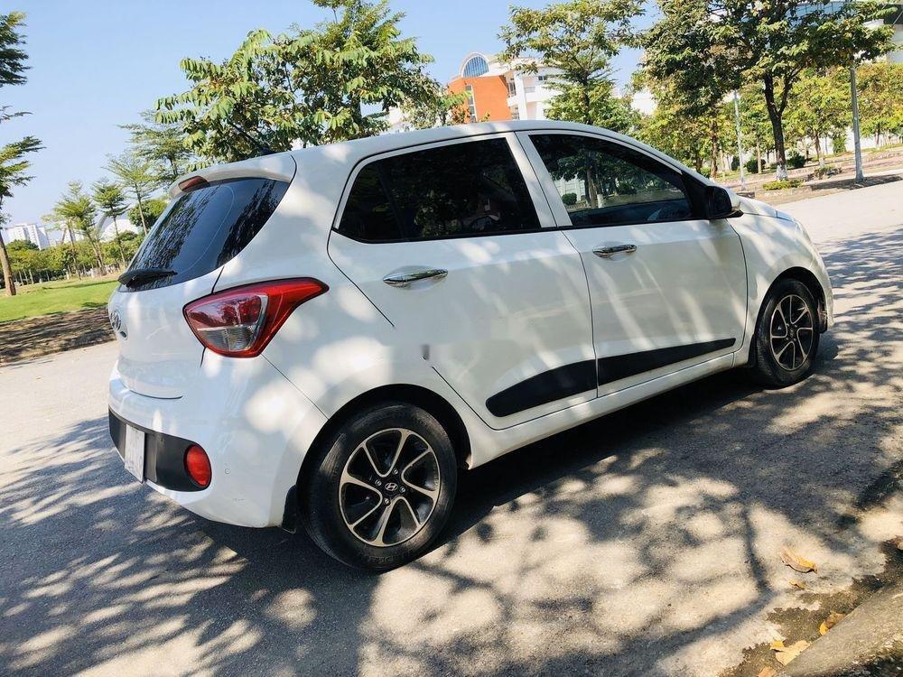 Bán xe Hyundai Grand i10 AT năm sản xuất 2017, màu trắng, xe nhập chính chủ giá cạnh tranh (2)