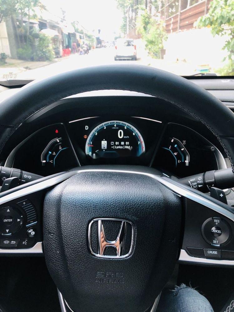 Cần bán gấp Honda Civic đời 2017 xe gia đình, 835tr, xe nguyên bản (3)