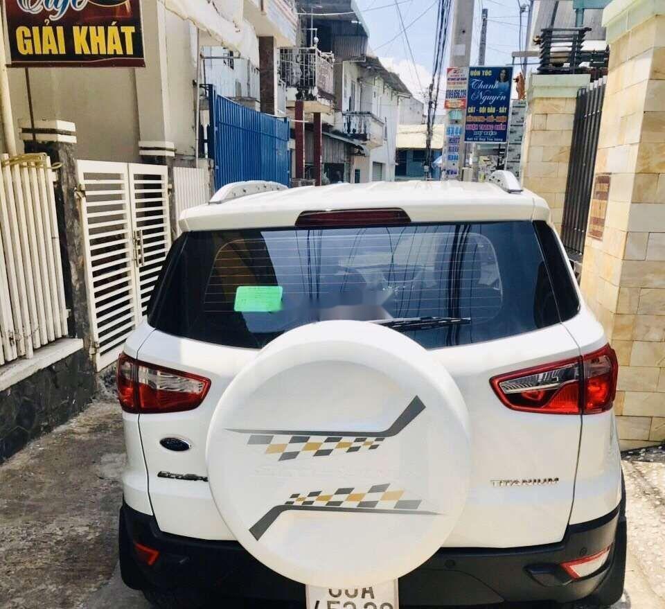 Cần bán lại xe Ford EcoSport sản xuất năm 2018, màu trắng như mới, giá tốt (6)