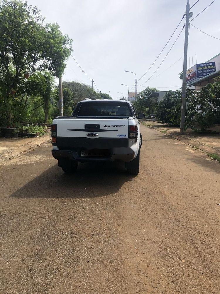 Xe Ford Ranger 3.2AT đời 2015, màu trắng, xe nhập  (4)