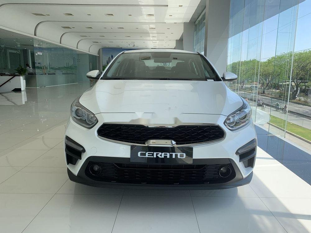 Bán xe Kia Cerato đời 2019, màu trắng, giá cạnh tranh (1)