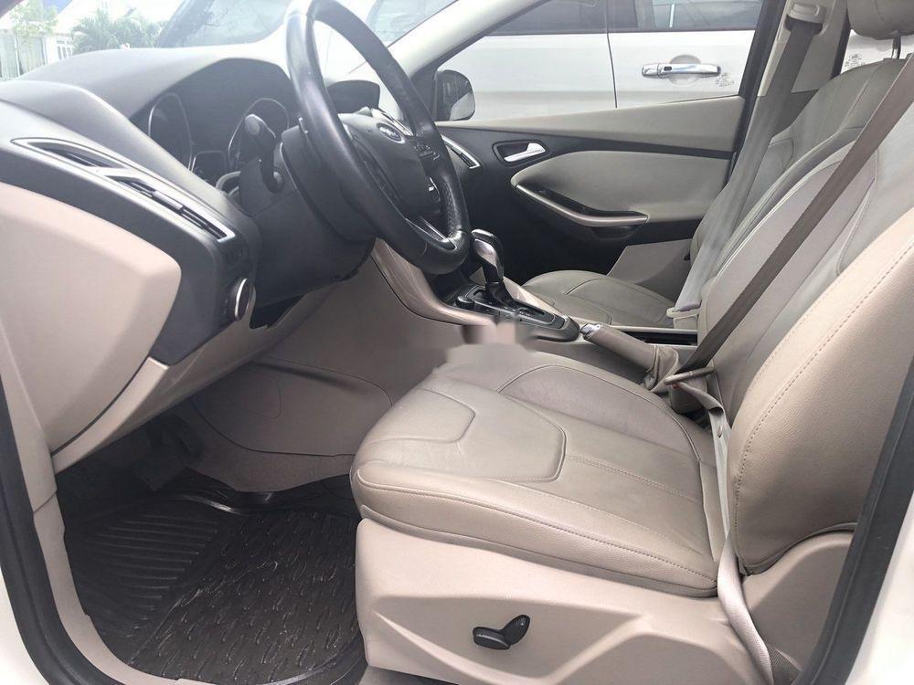 Cần bán gấp Ford Focus Titanium 2018, màu trắng, giá tốt (4)