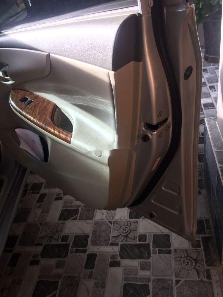 Bán ô tô Toyota Vios 1.8J sản xuất năm 2010, màu bạc, xe nhập số tự động (4)