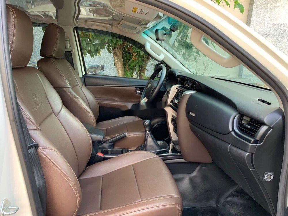 Cần bán xe Toyota Fortuner đời 2017, màu trắng, xe nhập chính hãng (5)