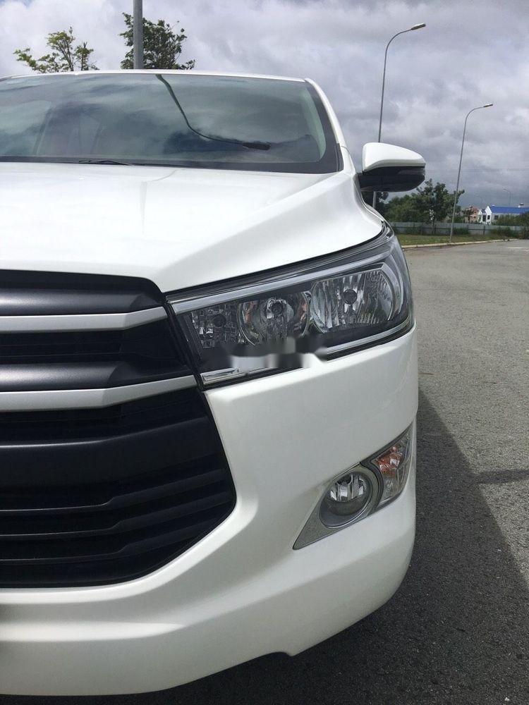 Bán Toyota Innova đời 2018, màu trắng, xe nguyên bản (4)