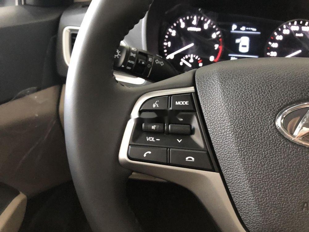 Cần bán xe Hyundai Accent sản xuất 2019, ưu đãi hấp dẫn (5)