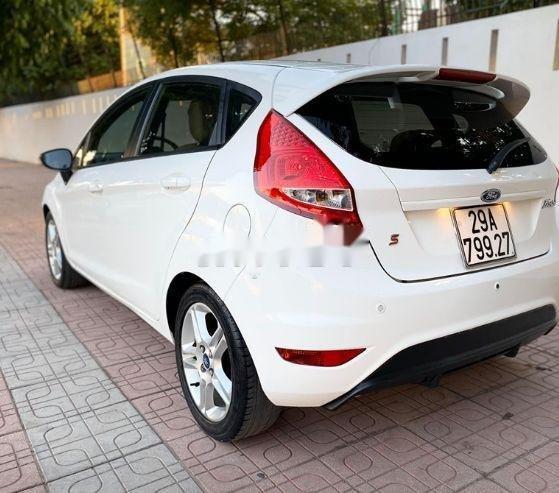 Bán xe Ford Fiesta đời 2013, màu trắng xe nguyên bản (3)
