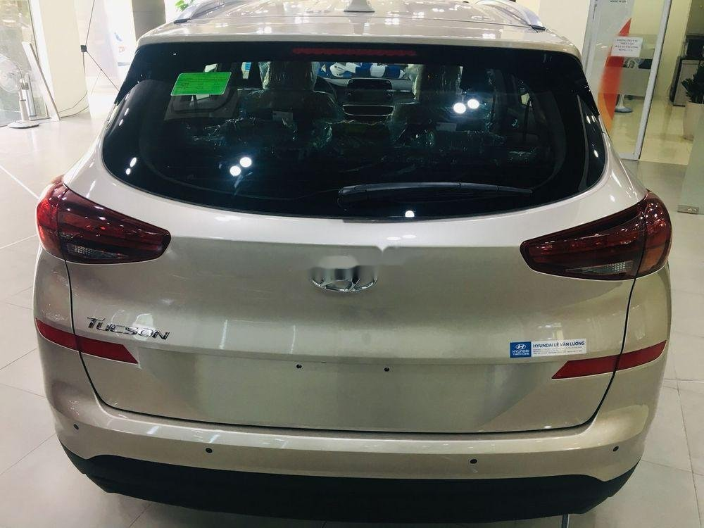 Cần bán xe Hyundai Tucson năm sản xuất 2019, giá ưu đãi (6)