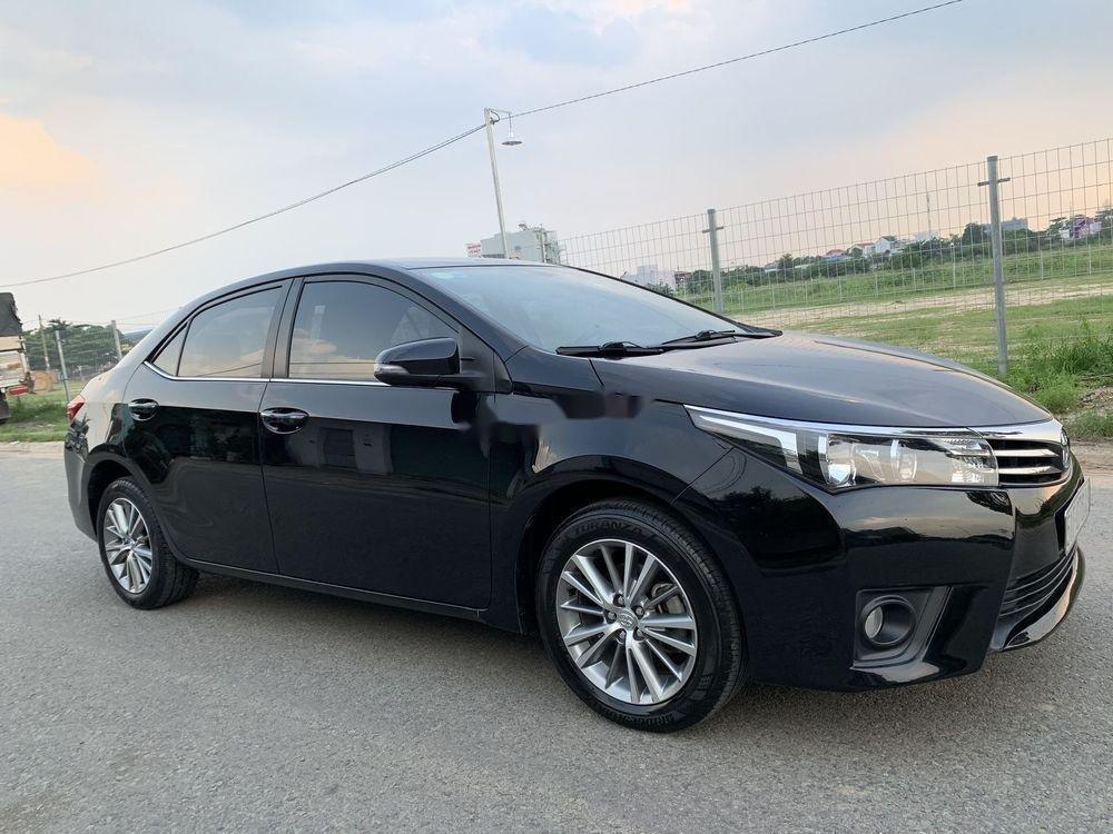 Cần bán gấp Toyota Corolla Altis năm 2015, xe nguyên bản (8)