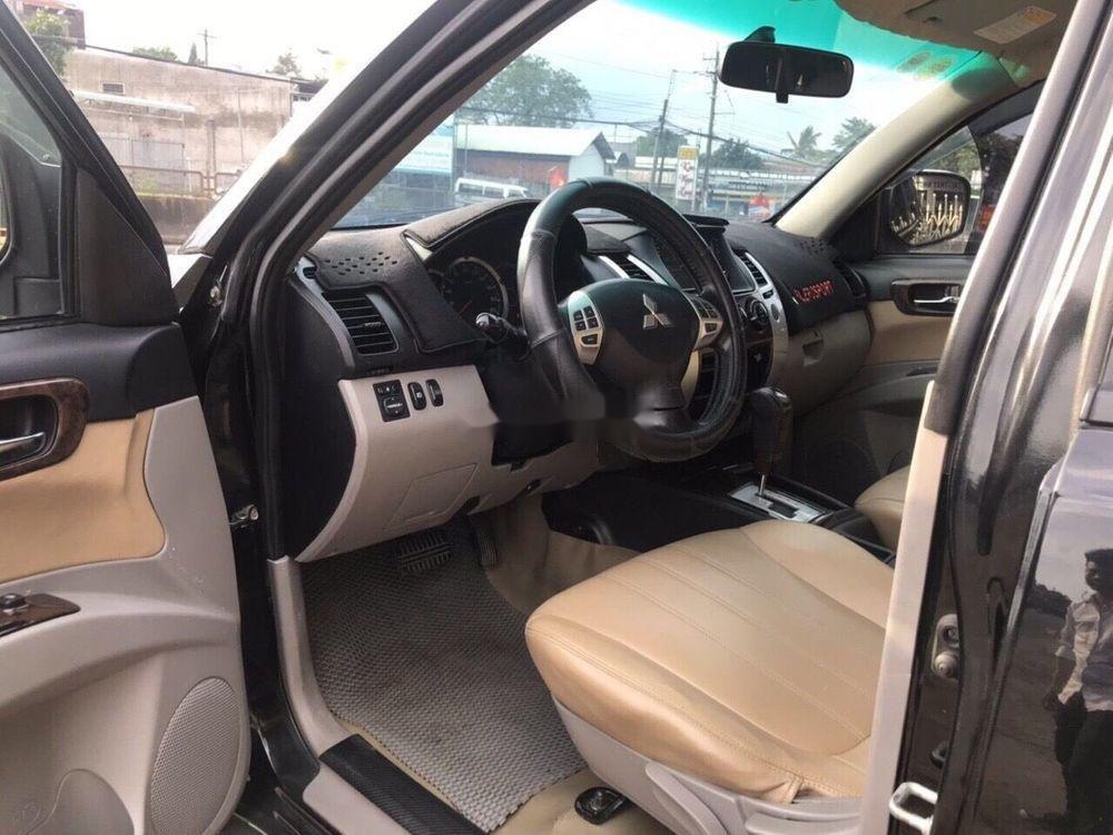 Cần bán xe Mitsubishi Pajero 2011, tự động máy dầu đời 2011 xe nguyên bản (3)