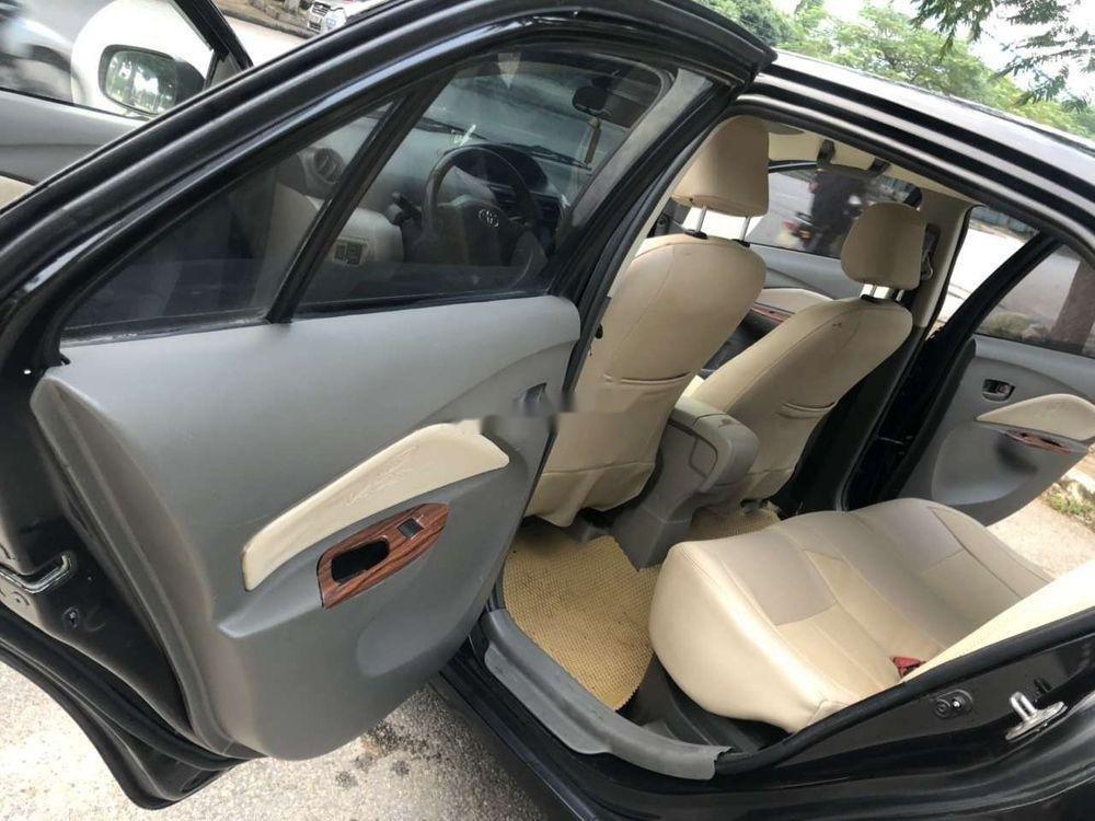 Cần bán gấp Toyota Vios năm sản xuất 2010, màu đen xe nguyên bản (5)