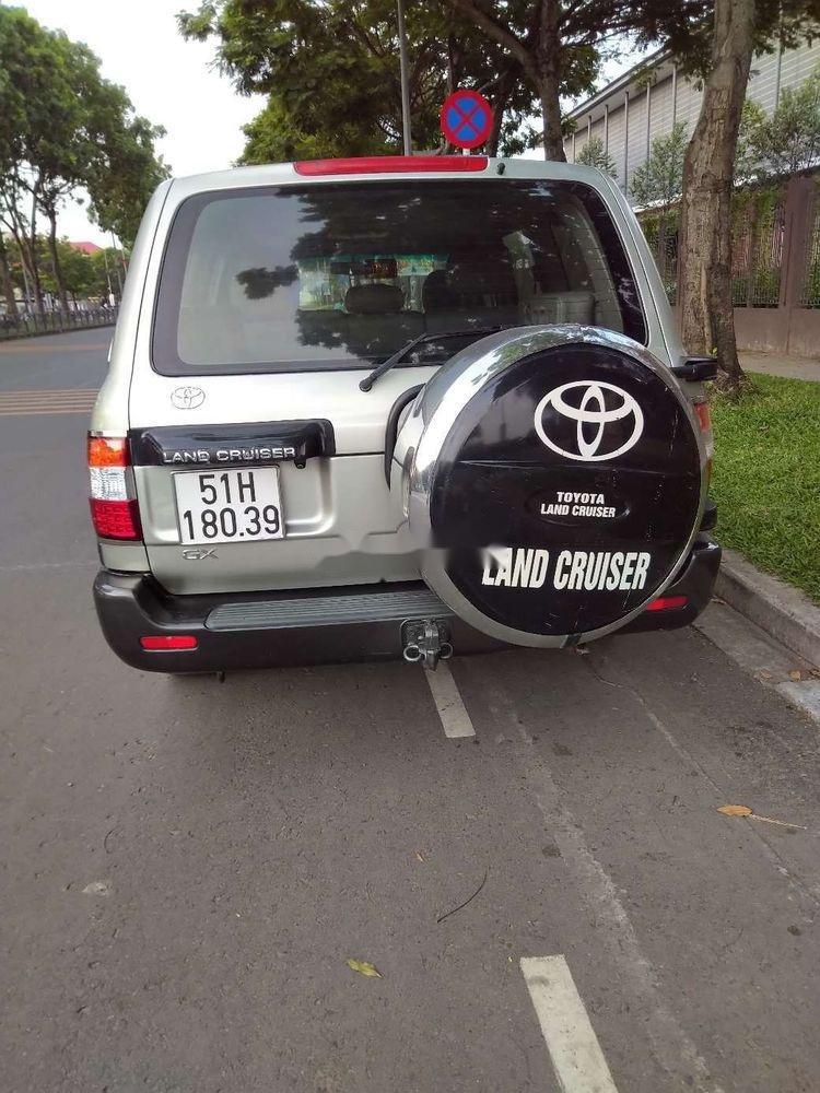 Bán Toyota Land Cruiser MT sản xuất năm 2005 (4)