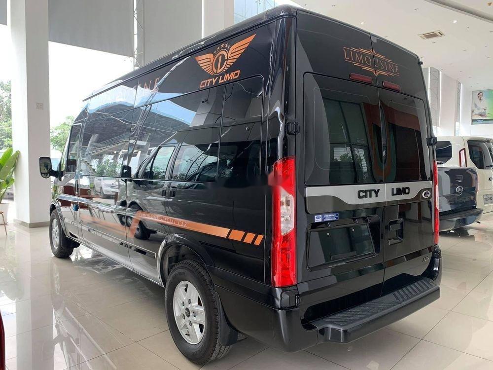 Bán Ford Transit Limousine sản xuất năm 2019, màu đen, mới hoàn toàn (2)