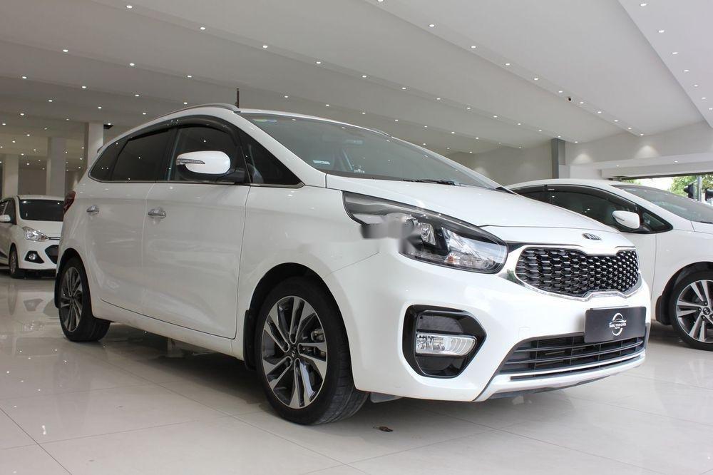 Cần bán Kia Rondo 2.0GAT sản xuất năm 2018, màu trắng (3)
