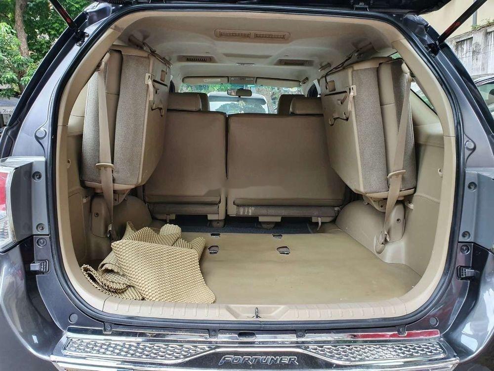 Cần bán xe Toyota Fortuner đời 2012 số tự động (9)