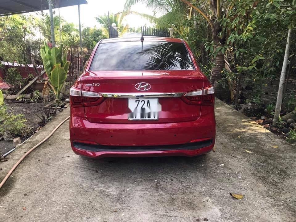 Bán ô tô Hyundai Grand i10 sản xuất năm 2018, màu đỏ, xe nhập chính hãng (1)
