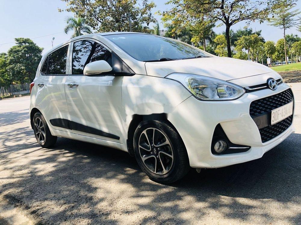 Bán xe Hyundai Grand i10 AT năm sản xuất 2017, màu trắng, xe nhập chính chủ giá cạnh tranh (7)