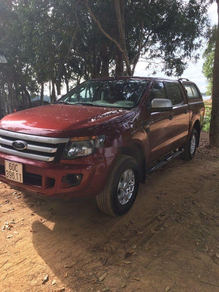 Cần bán xe Ford Ranger đời 2014, màu đỏ, nhập khẩu nguyên chiếc (1)