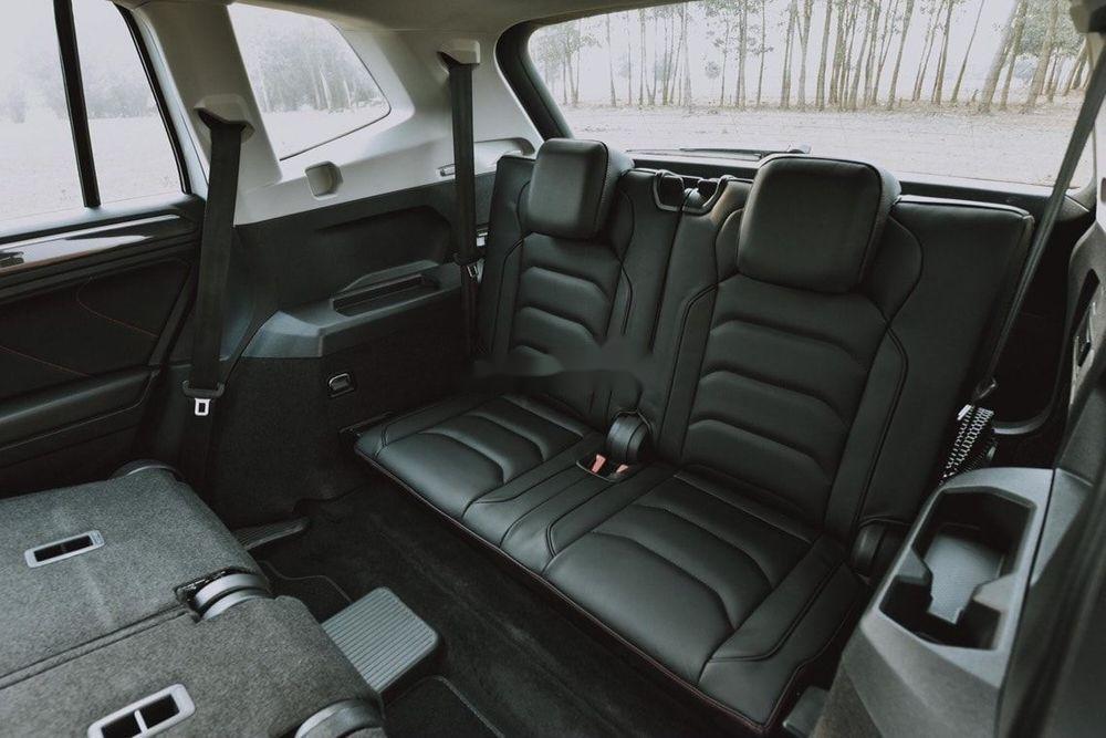 Cần bán Volkswagen Tiguan Allspace sx 2019, tính năng hiện đại (9)