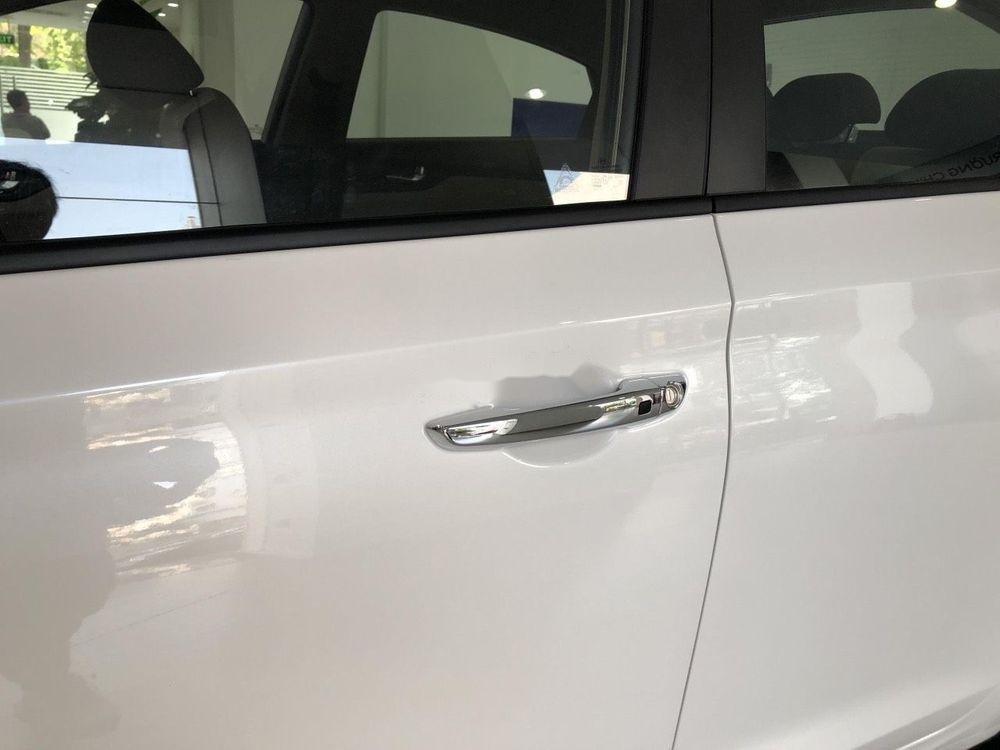 Cần bán xe Hyundai Accent sản xuất 2019, ưu đãi hấp dẫn (9)